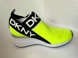 DKNY Women's Parks Green/Black Knitted Slip-On Chic Comfort Wedge Sneakers NEW