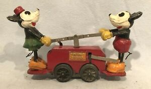 Lionel No. 1100 Mickey Mouse and Minnie Mouse Hand Car, Red