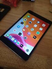 Apple iPad mini 4 64GB, Wi-Fi, 7.9in - Space Grey (crack screen)
