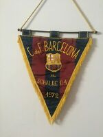 AMAZING OFFICIAL MATCH PENNANT CF BARCELONA - SCHALKE 04   1972