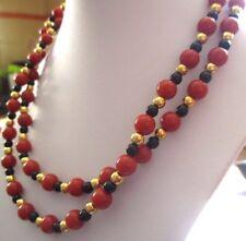 collier sautoir bijou vintage signé MONET perles couleur noir or grenat 3491