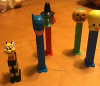 vintage pez candy dispensers with feet ,batman Tweety Pumpkin Bee Witch N1