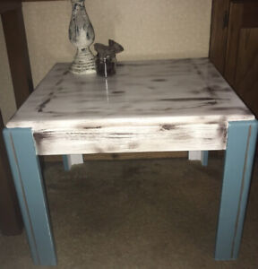 Beautiful refurnished end table