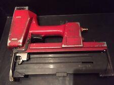 Haubold pn764 XII/V Station Wagon parentesi dispositivo/T PINZATRICE 64mm, PN 764, carpenteria sparachiodi