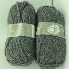 10 pelotes laine irlandaise couleur: gris foncé  - fabriqué en France