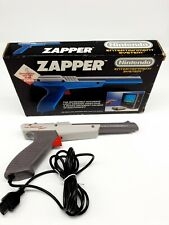 Nintendo NES Zapper Lighrgun Grey Version Original Boxed