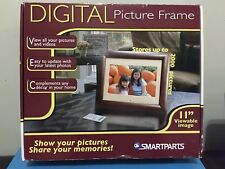 DIGITAL PICTURE FRAME - SP1100W