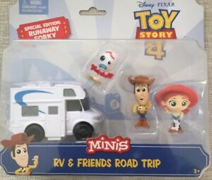 Disney TOY STORY 4 MINIS RV And Friends Road Trip SPECIAL EDITION RUNAWAY FORKY