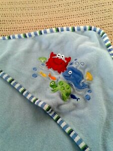 """Babies R Us White With Blue Trim Lobster Hooded Towel Size 28"""" x 30"""""""