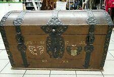 Truhe Holztruhe Schatztruhe Hochzeitstruhe 17. Jahrhundert antik mit Runddeckel