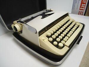Vintage Smith-Corona Pride Line Portable Manual Typewriter in Hard Case