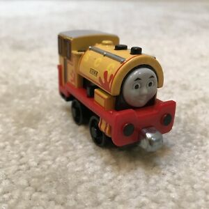 Thomas Friends Bill Die-cast Metal Toy Tanker Train Engine Yellow Magnetic 2009
