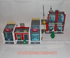 LEGO City Große Feuerwehr-Station (7208) Figuren + BA komplett