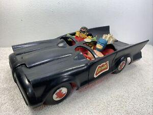 """Vintage 1974 Mego Batmobile 8"""" Scale Batman Action Figure Car Vehicle Read Descr"""