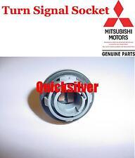 2000 2005 Mitsubishi Eclipse Front Turn Signal Bulb Socket OEM NEW