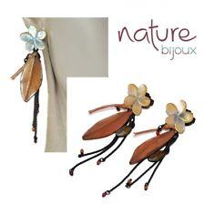 NATURE BIJOUX Boucles d'oreilles en cuivre patiné fleur nacre feuille bijou
