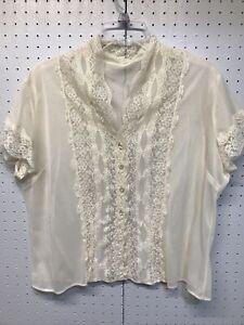 Vintage biege lace top size large