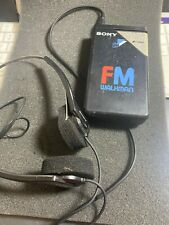 Vintage Sony SRF-16W FM Radio Walkman Portable Radio w/ headphones (A028)
