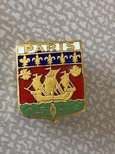 Broche Emaillée PARIS Capitale De La France Fleurs De Lys Bateau