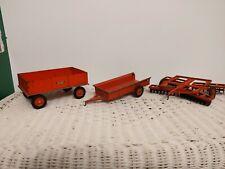 1/16 Ertl Farm Toy Wagon Spreader & Disk With cast wheels