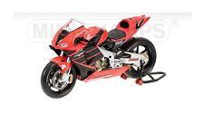 """Minichamps Honda RC211V 2001 1:12 #""""V"""" Valentino Rossi (ITA) Summer Test Bike"""