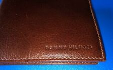 New with Tag Tommy Hilfiger Men's Leather Slim Passcase Billfold Wallet Tan