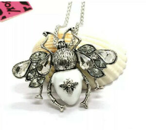 Betsey Johnson White Enamel Crystal Insect Bee Pendant Chain Necklace Brooch