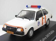 VOLVO 343 POLICE NEERLANDAISE NL POLITIE POLIZEI (SUEDE/SWEDEN) - IXO ATLAS 1:43