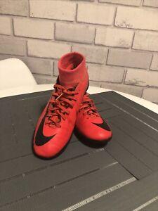 Nike Football Shoes Size 6UK / 40 EU