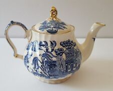 "Vintage SADLER China ""BLUE WILLOW"" Teapot With GOLD TRIM 16 Oz 1930s  #0027 EUC"