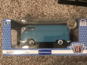 1/24 Scale VW Delivery Van