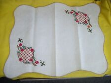 """Vintage 19"""" x 16"""" Hand Embroidered Table Scarf Runner 60+ Years Old - Excellent"""
