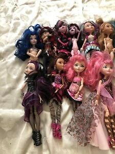 Lot of Monster High Dolls (10)  Plus Extras Clothes Shoes Accessories