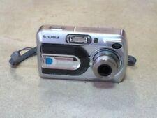 Fujifilm Finepix A330. Digital camera. 3.2 mega pixels. 3x Optical Zoom.