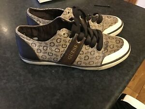 Ladies Guess Trainers Size 6 Brown
