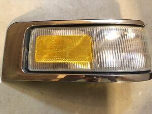 95-97 LINCOLN TOWN CAR RIGHT PASSENGER SIDE TURN SIGNAL CORNER MARKER LIGHT