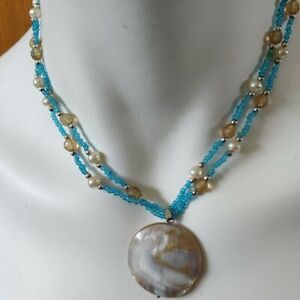 "SHELL PENDANT NECKLACE Blue Bead 20"" Long"