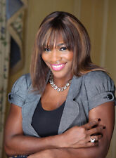 Serena Williams UNSIGNED photo - B274 - GORGEOUS!!!!!