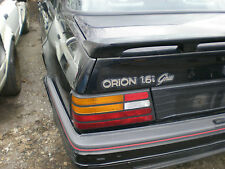 FORD ORION 1.6I GHIA NEAR SIDE REAR LIGHT IN GOOD CONDITION RS KIT ETC