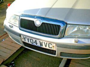SKODA OCTAVIA  2004  O/S,front head light     BREAKING CAR