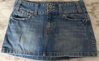 American eagle Jean skirt size 6 Medium wash excellent