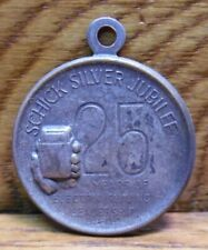1955 Schick Silver Jubilee Pendant Token 25 Years Of Electric Shaving Leadership
