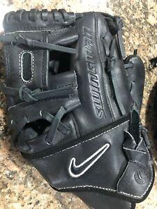 """Nike """"SWINGMAN"""" Baseball Glove RHT 11.5"""" Black Soft Leather/Velvet"""