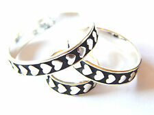 NWT WOMEN'S 3 PIECE BLACK & SILVER HEARTS SCARF RING/SLIDER/HOLDER SET