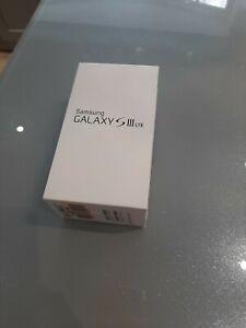 Samsung Galaxy S3 LTE mobile phone BOX