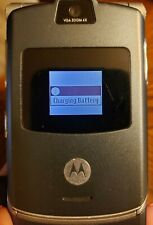 Vintage Motorola Raz V3 Flip Cellphone with charger and leather case (unlocked)