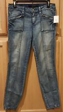 Jessica Simpson Kiss Me Mountain Shadow Zipper Detail Seamed Stretch Denim Jeans