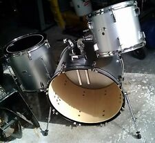 3 Piece Silver Drum Set Kit by Percussion Plus with Evans & Remo Drum Heads