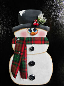 Hand Painted Christmas Winter Refrigerator Snowman  Magnet ... No Gourds.