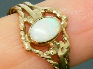 9ct Gold Vintage Natural Opal Hallmarked  Unusual  Ring size O